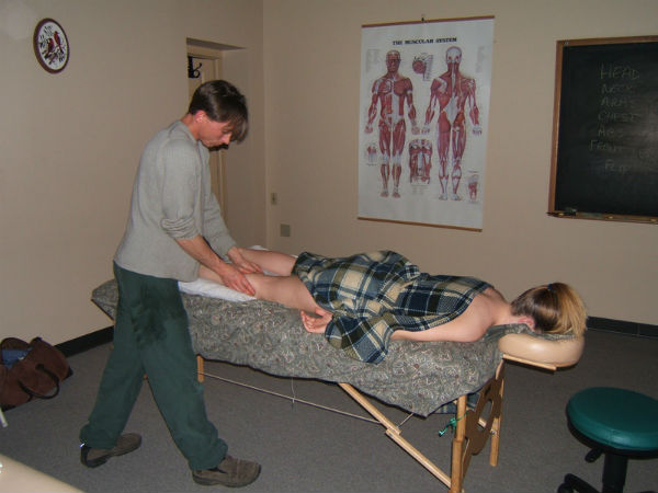 how to massage sexually Bakersfield, California